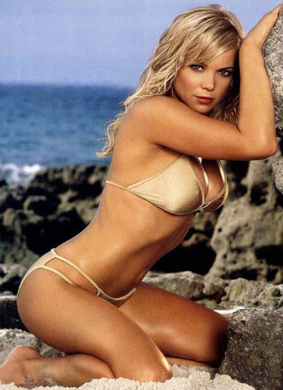 holly-brisley7